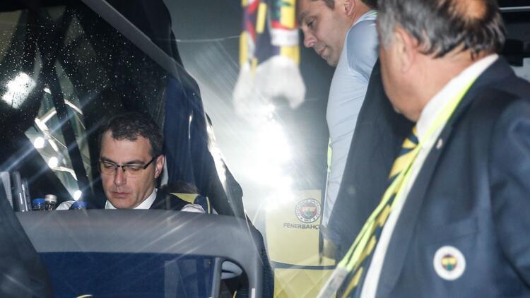 Ali Koç'a ağır eleştiri! 'Otobüs olayı, şaka gibi!'