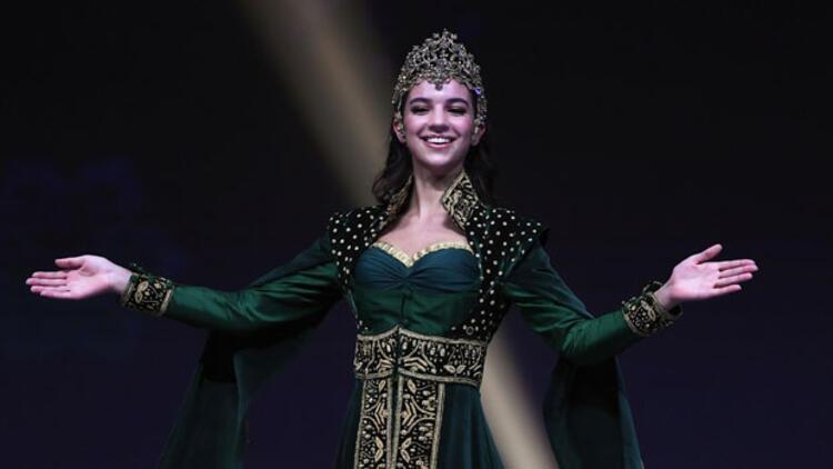 Miss Universe'te Hürrem Sultan rüzgarı esti