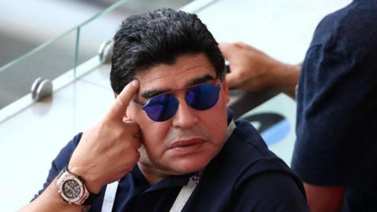 Maradona'ya büyük şok! Efsane bunu da gördü...