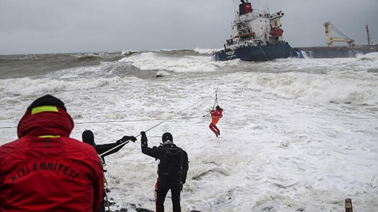 Dehşeti yaşayan denizci konuştu: 'Ya kurtarılacaktık ya...'