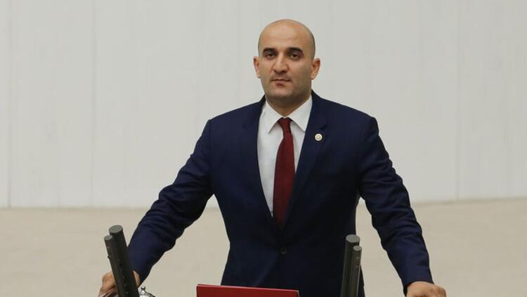 MHP'li Kılavuz, Ülkü Ocakları Genel Başkanlığının sona erdiğini açıkladı