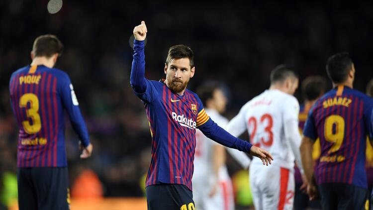 Lionel Messi 400'ler kulübünde