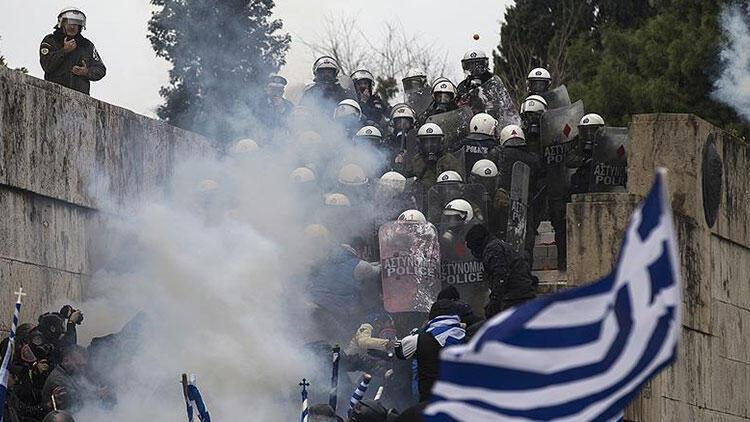 Yunanistan'da 'Makedonya' gösterisi