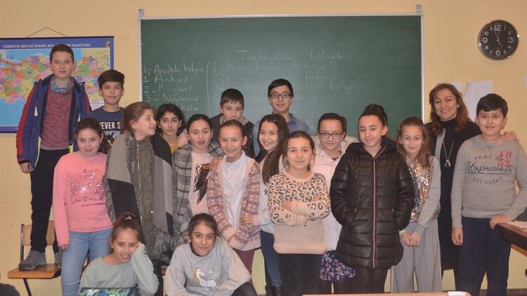 Belçika'da yeni nesil Türkçe bilmiyor