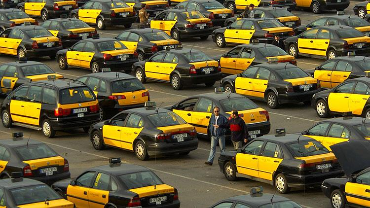 İspanya'da taksicilerden süresiz grev