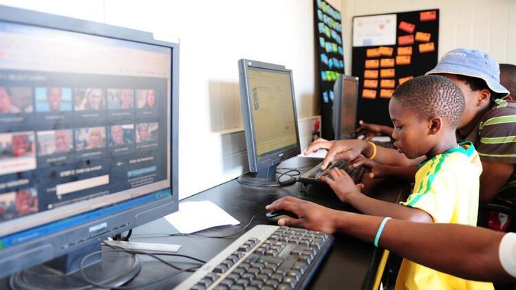 Nijerya'da 100 milyondan fazla kişi internet kullanıyor