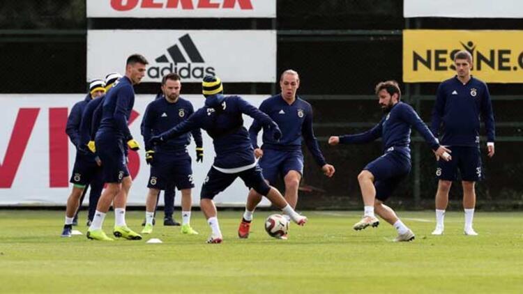 Fenerbahçe'de kupa mesaisi başladı