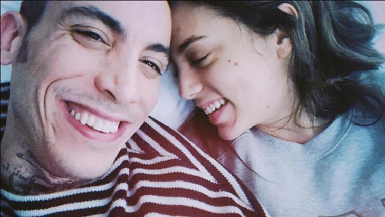 Can Bonomo ve eşi Öykü Karayel'den aşk pozu
