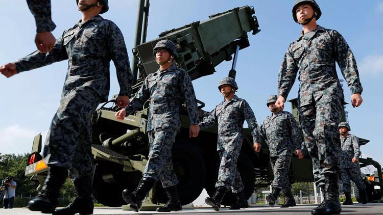 Japon ordusunda kadın oranı yükseltilecek