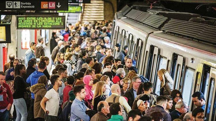 Metro kuyruğu