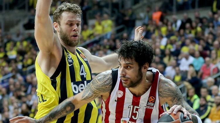 Lider Fenerbahçe'den Olympiakos'a geçit yok!
