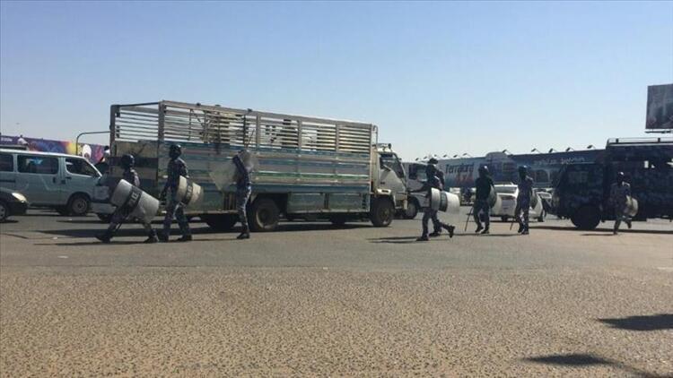 Sudan'da iki gösterici öldü