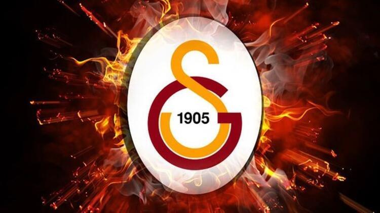 Galatasaray'da çifte sürpriz...