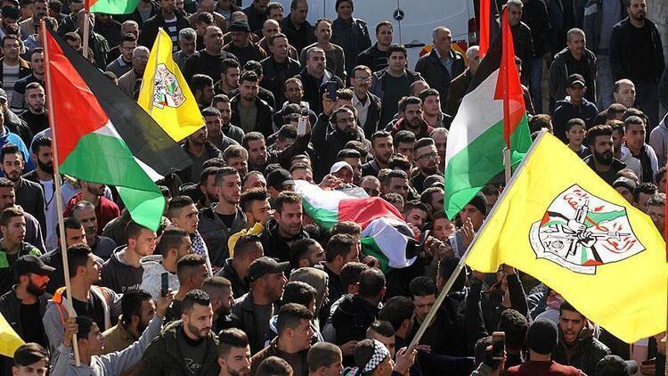 İsrail'in naaşını alıkoyduğu Filistinli kişi toprağa verildi