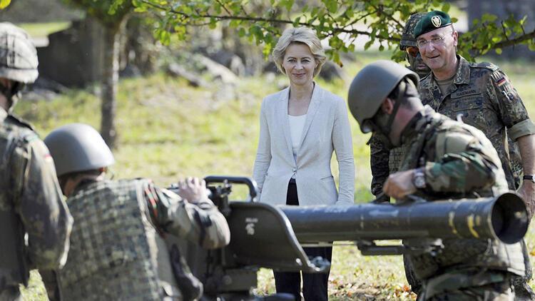 Alman ordusu 80 bin personeli nasıl bulacak?