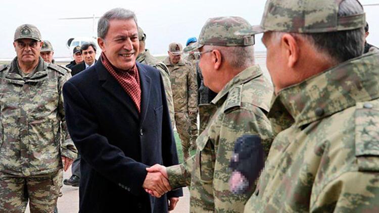 Milli Savunma Bakanı Akar Mardin'de