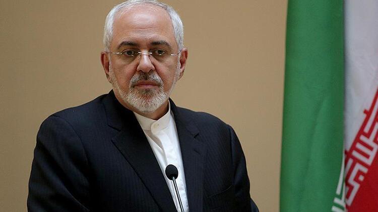 İran'da Sünni kadın büyükelçinin Zarif ile fotoğraf çektirmesi tartışma yarattı