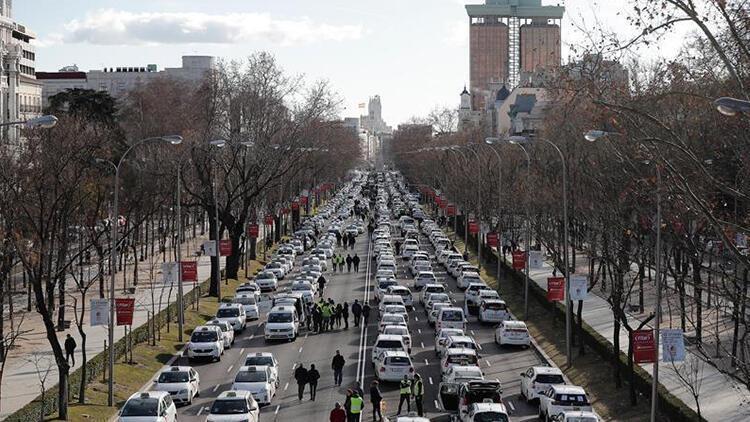 Madrid'de taksicilerden işgal eylemi