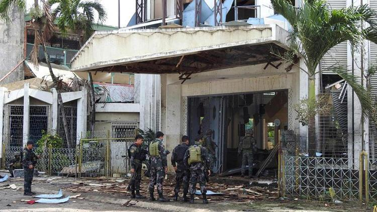 Filipinler'deki kilise saldırısını DEAŞ üstlendi