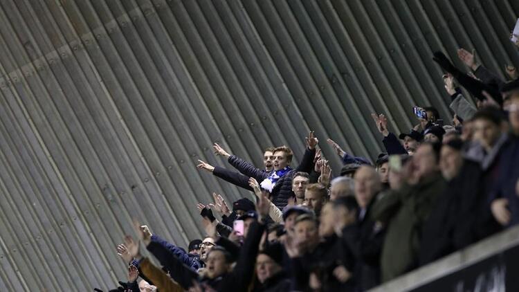 Everton taraftarının görüntüsü şoke etti!