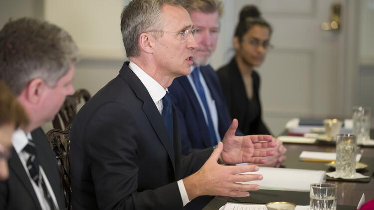 NATO savunma bütçesini 100 milyar dolar artıracak