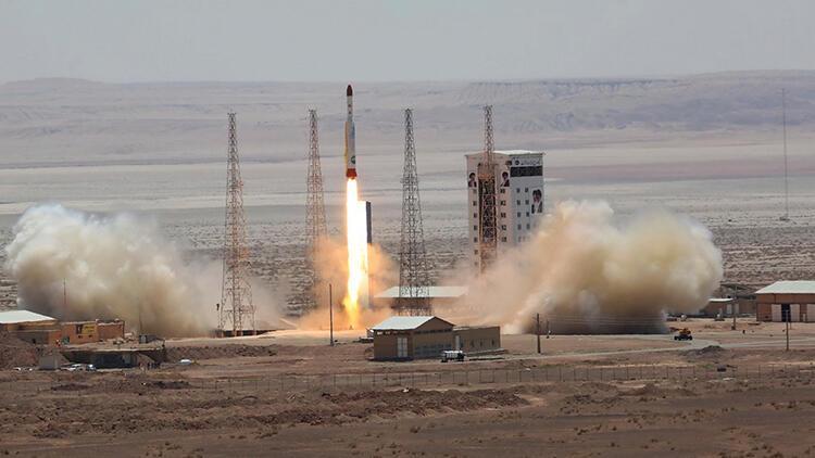 İran uydu fırlatmaya hazırlanıyor
