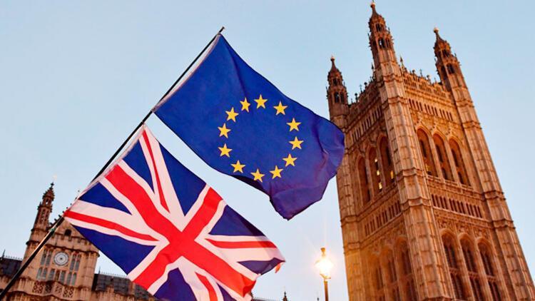 AP'den Brexit sonrası vizesiz seyahate 'yeşil ışık'