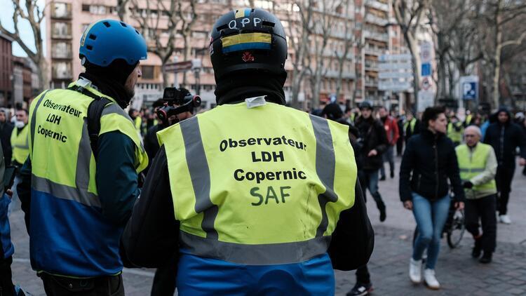 Avrupa Konseyi'nden Fransa'ya 'sarı yelekliler' uyarısı