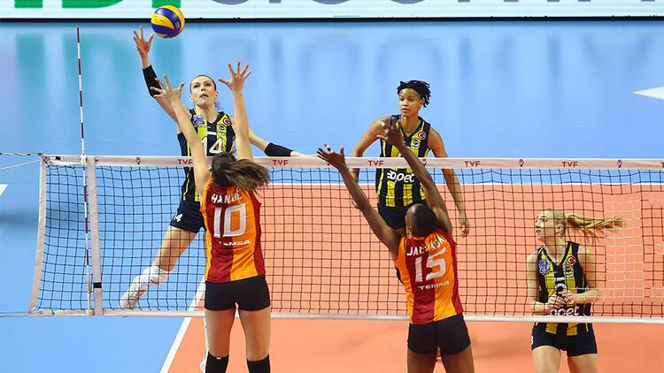 Derbi maçta Fenerbahçe, Galatasaray'ı devirdi
