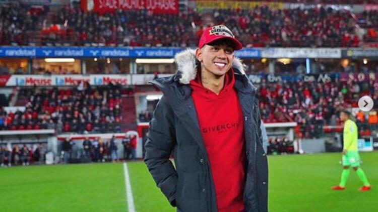 Beşiktaş'ın Edmilson'a yaptığı teklifin belgesi ortaya çıktı