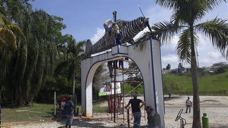 Pablo Escobar'la ünlü kapı kaldırılıyor