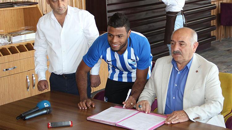 Erzurumspor'da Auremir'in sözleşmesi feshedildi