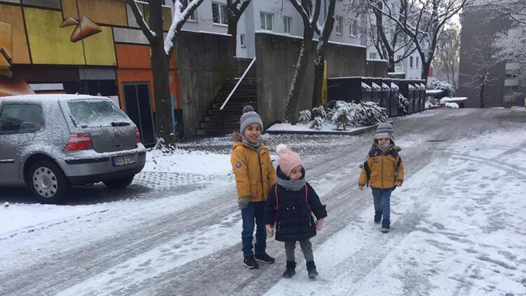 Almanya'da yoğun kar yağışı ve etkileri