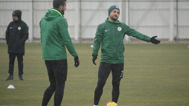 Konyaspor, Bursaspor'a hazırlanıyor! 6 eksik...