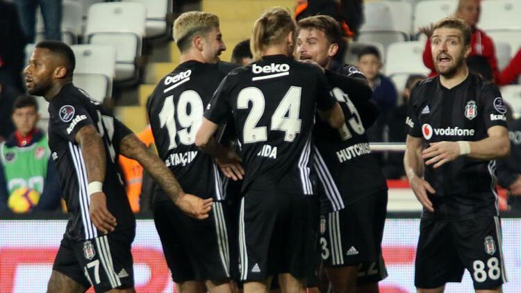 Beşiktaş Antalya'da gol oldu yağdı: 2-6