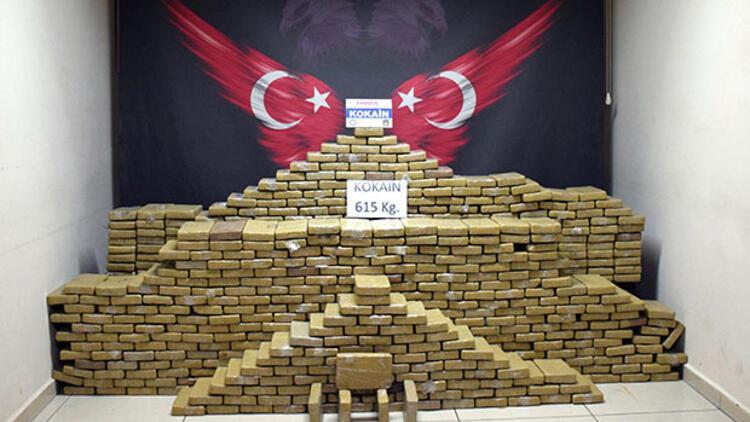 Mersin'de şok operasyon! 615 kilogram kokain ele geçirildi