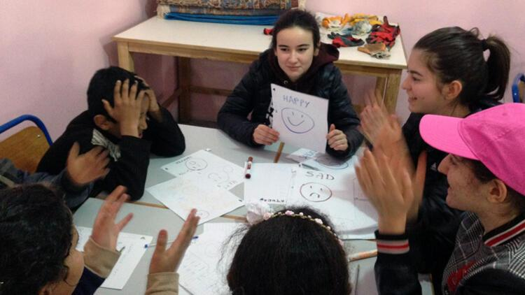 Liselilerden Faslı çocuklara eğitim