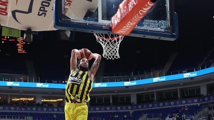 Fenerbahçe Beko fırtınası ligde de sürüyor! 37 sayı fark...