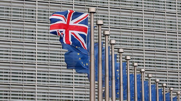 İngiltere ekonomisi 7 yılın en kötü büyümesini gerçekleştirdi