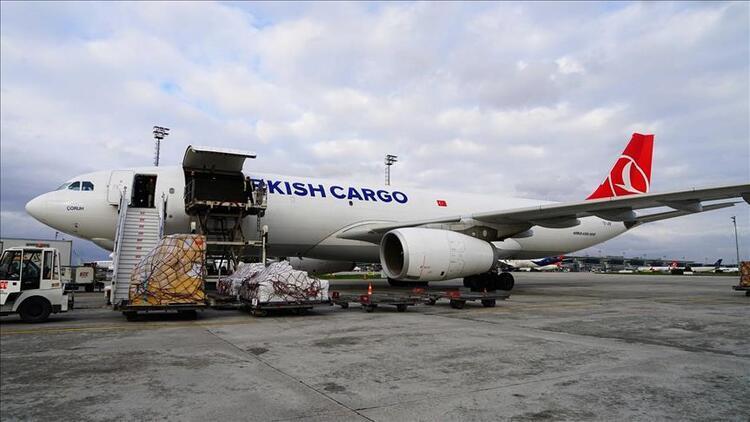 Turkish Cargo, Sevgililer Günü için 4 bin ton çiçek taşıdı
