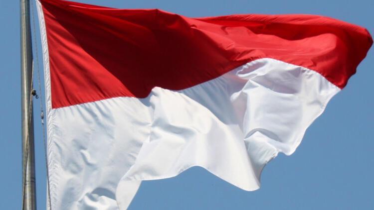 """Endonezya'da """"Sevgililer Günü kutlamayın"""" çağrısı"""