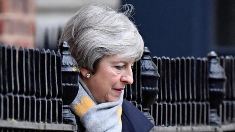 Parlamentodan hükümete Brexit darbesi