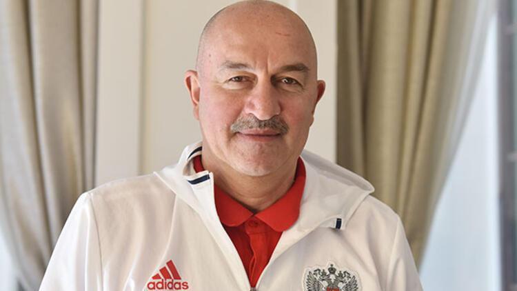 """Stanislav Çerçesov: """"Türkiye'de Dünya Kupası yapılabilir"""""""