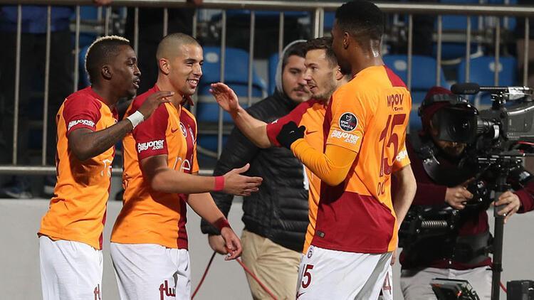 Galatasaray Kasımpaşa'da Feghouli ile farka koştu! Aslan liderin ensesinde