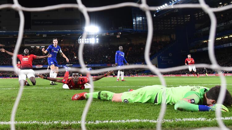Manchester United, Chelsea'yi 2 golle yıktı