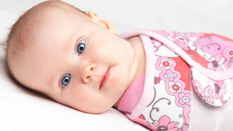 Uzmanlar uyarıyor… Bebekleri kundaklarken dikkat!