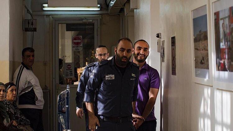 İsrail AA foto muhabirini sınır dışı etmeye çalışıyor
