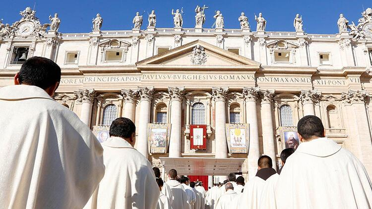 Katolik Kilisesi'nin utanç tablosu: Çocuklara cinsel istismar