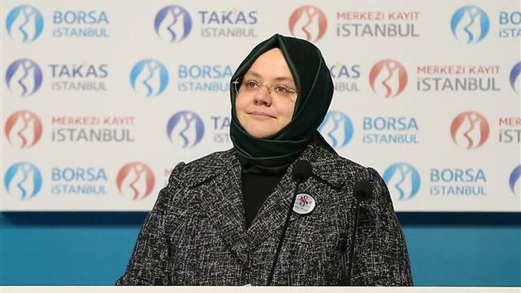 """Bakan Zehra Zümrüt Selçuk """"Kadın Erkek Eşitliği"""" temasıyla düzenlenen gong töreninde konuştu"""