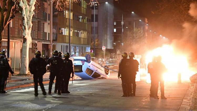 Fransa'yı karıştıran olayda ölen Türk gencinin babası: Kaza olduğuna ne onlar, ne de biz ikna olduk
